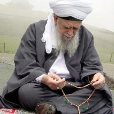 Misbahā – the Prayer Beads of Muslims